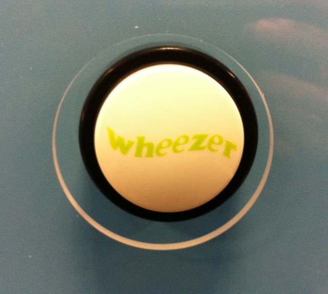 (When you press this button, you get to hear a loud, wet sneeze.)