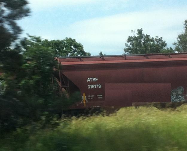train grafitti